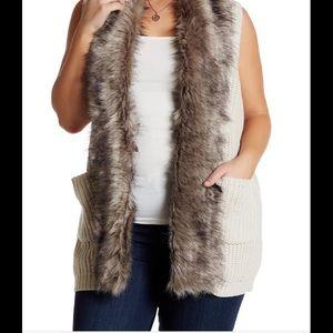Jessica Simpson Fir collar sweater vest